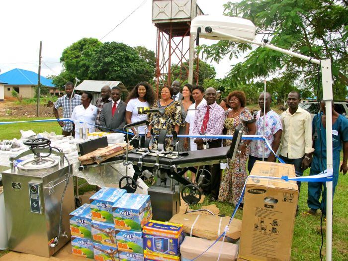 Stephanie Linus' Extended Hands Foundation VVF Project014