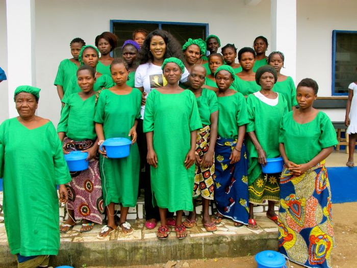 Stephanie Linus' Extended Hands Foundation VVF Project016